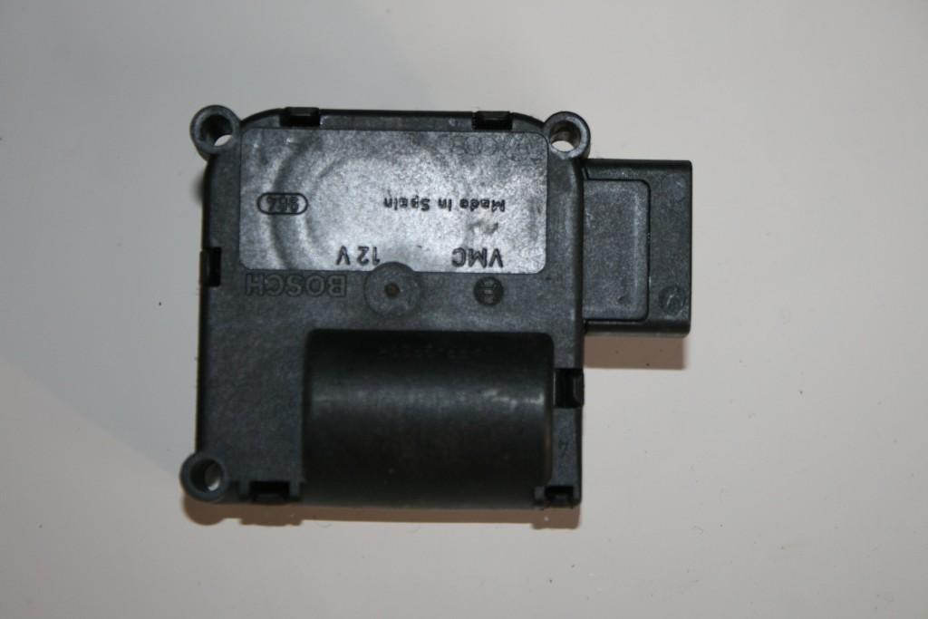 Original Audi A8 4E A6 4F Q7 Klima Antrieb Stellmotor V197 4E0820511 V213
