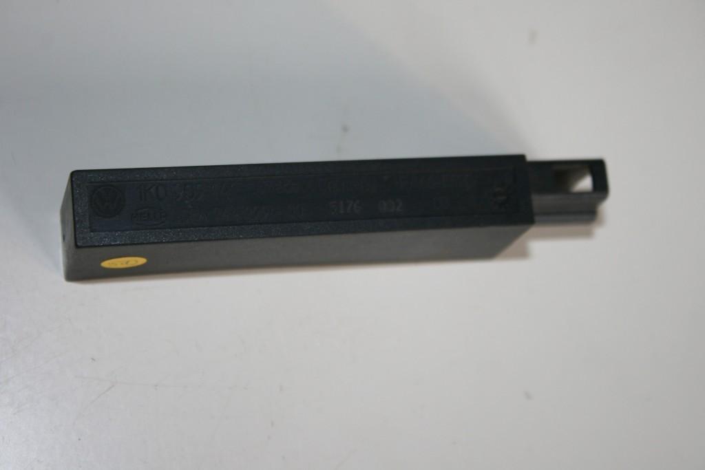 Original VW Passat 3C Golf 5 Antenne Kessy Keyless Go 1K0909141