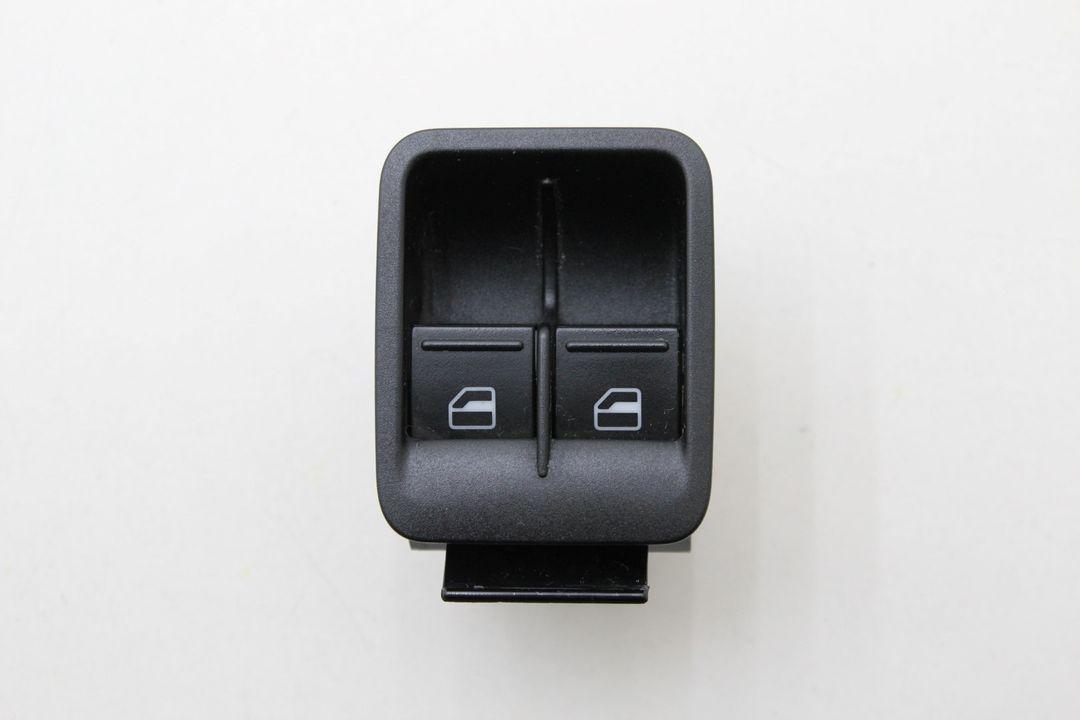 VW Caddy 2K Fensterheberschalter Taster Schalter 1T0959527 vorne links