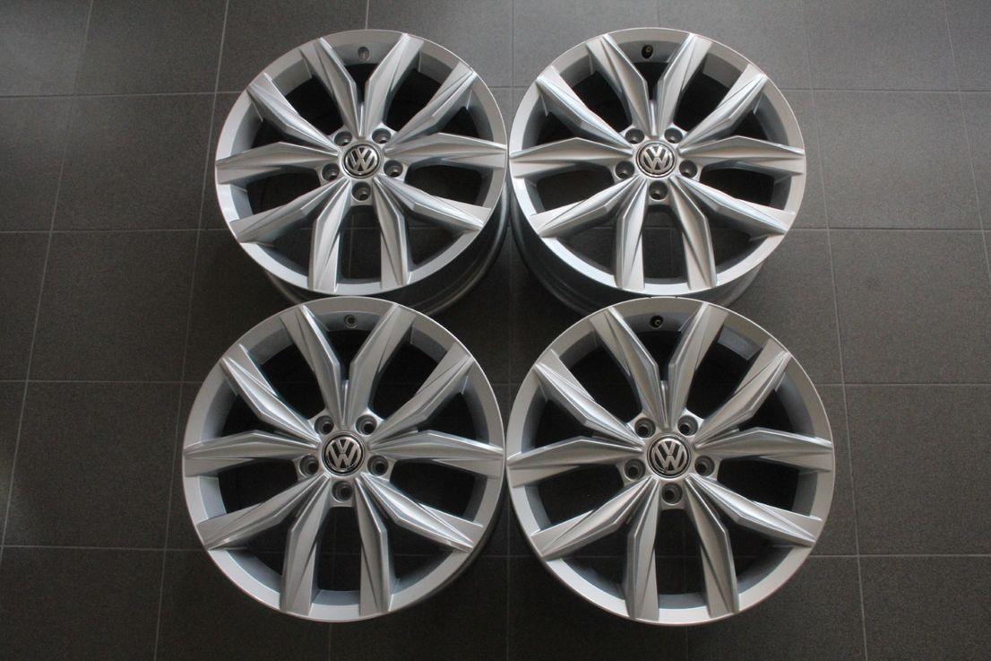 VW Tiguan 2 5NA Winterräder 235 55 18 Zoll Alufelgen Kingston 5NA601025B 2154