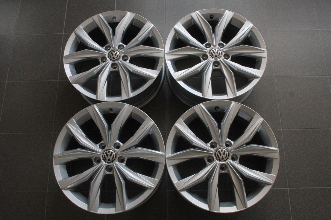 VW Tiguan 2 5NA Winterräder 235 55 18 Zoll Alufelgen Kingston 5NA601025B 2179
