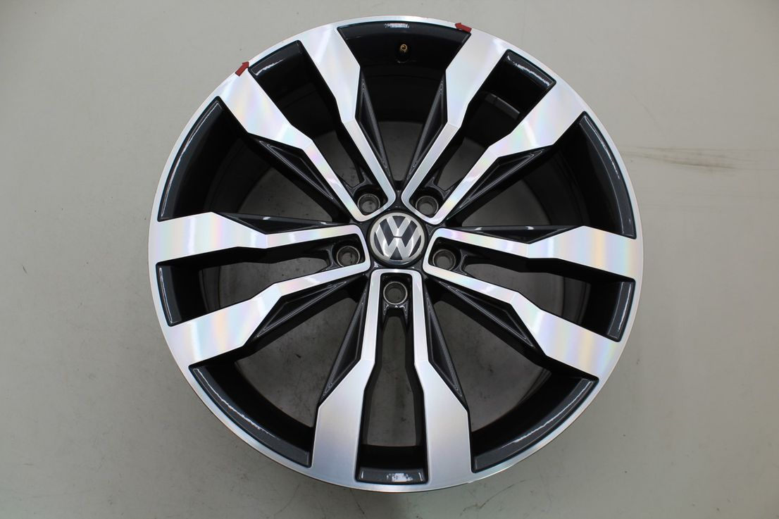 VW T-Roc 2GA Alufelge Einzelfelge Suzuka 19 Zoll Felge 2GA601025F