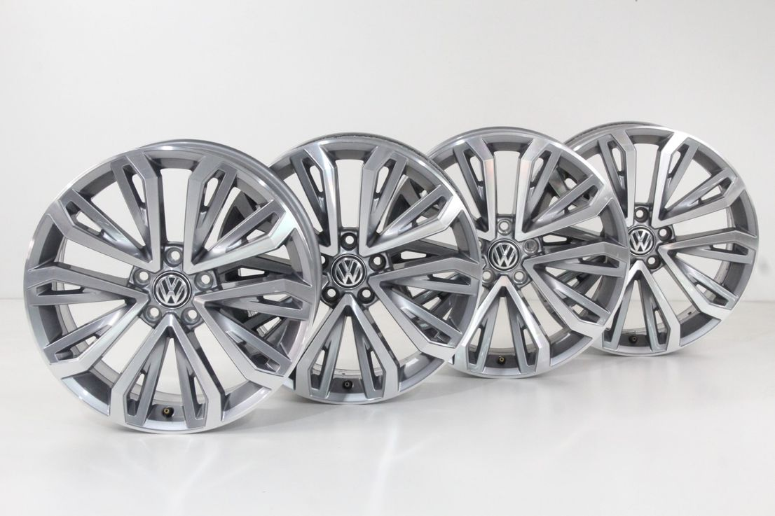 VW T-Roc Felgen 18 Zoll Alufelgen Montego Bay Felgensatz grau 2GA601025E