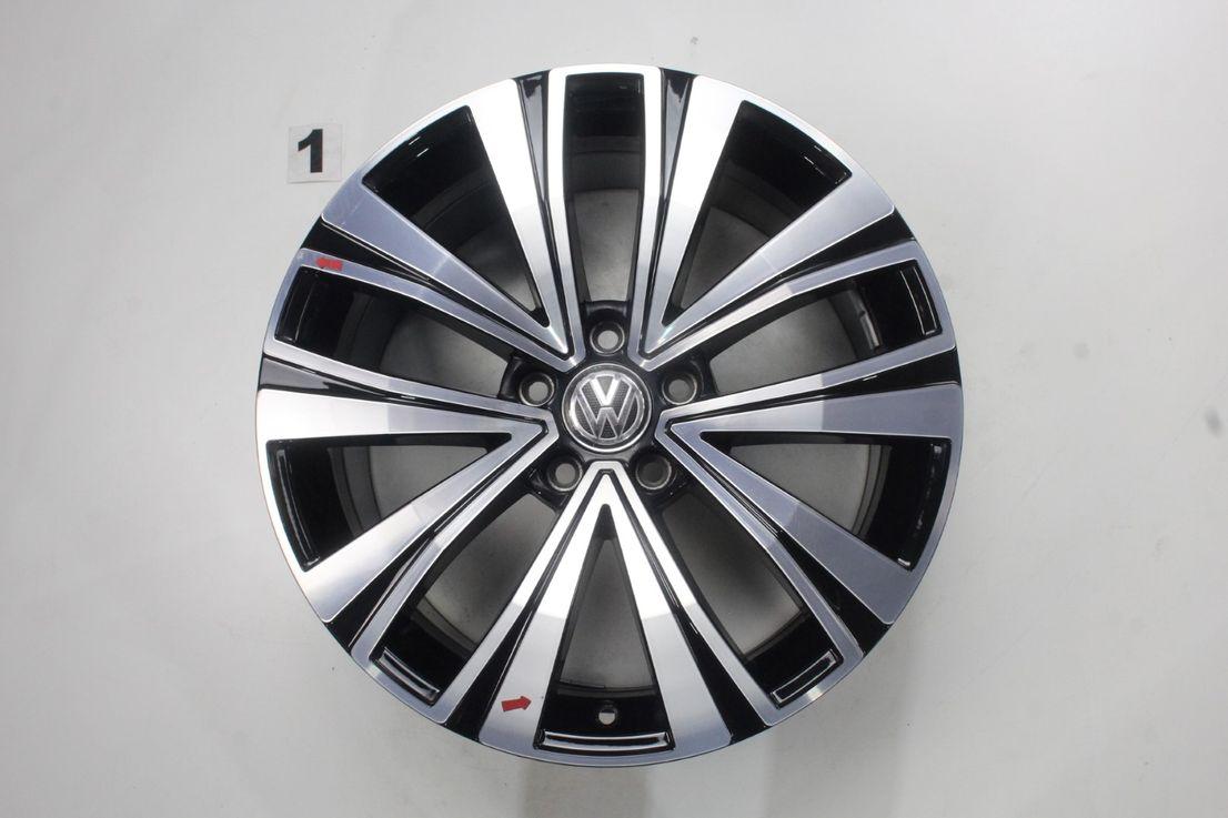 [Paket] VW Arteon 3G8 Winterräder Alufelgen Muscat schwarz 245 45 18 Zoll 3G8601025F