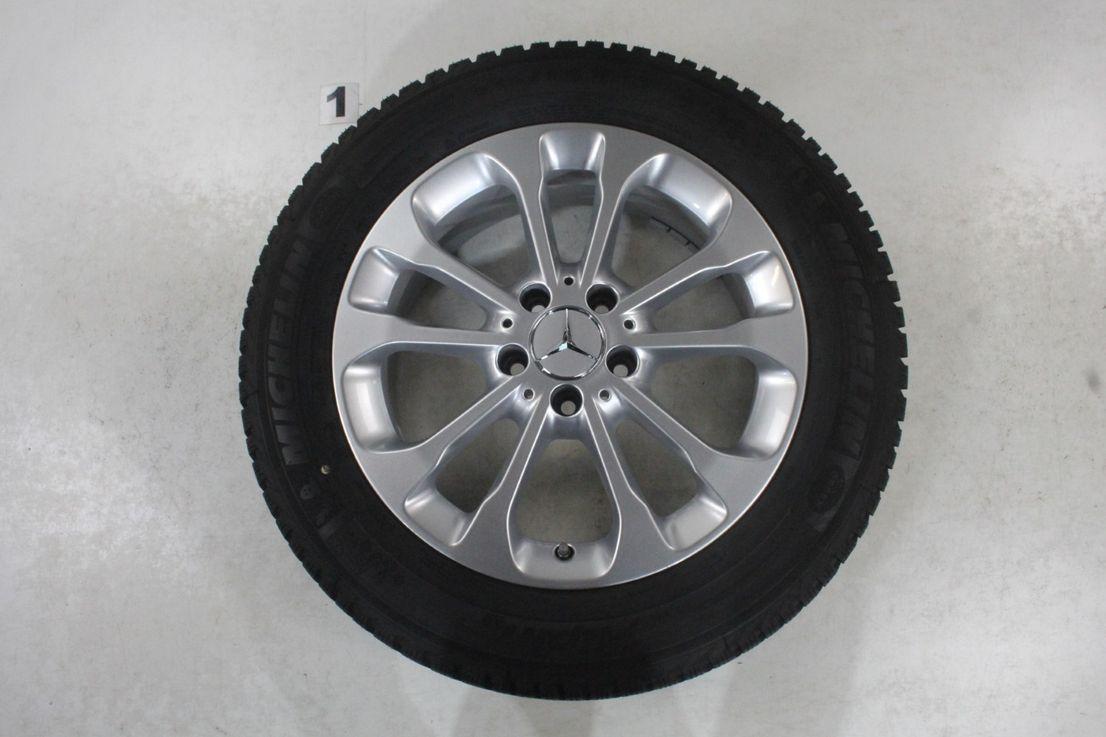 Mercedes Benz GLA X156 Alufelgen 17 Zoll Winterräder Michelin A1564011700
