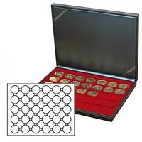 NERA M coin case with a dark red insert with 30 round compartments. Suitable for coin capsules with Ø of 39,5 mm, e.g. for 10 or 20 EURO silver coins GERMANY in LINDNER coin capsules.  – Bild 2