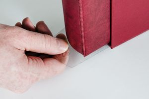 Slipcase pull-handle