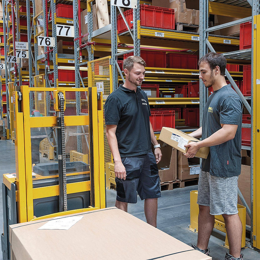 Warehouse Specialist (m/f/d)
