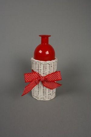 Vase aus Glas, rot im weißen Korb mit Schleife, 28 cm höhe