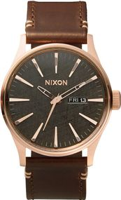 Nixon Sentry Leather A105-2001 Herrenarmbanduhr Design Highlight