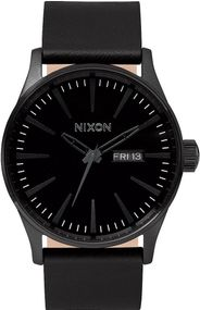Nixon Sentry Leather A105-001 Herrenarmbanduhr Design Highlight