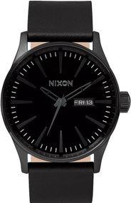 Nixon Sentry Leather A105-001 Herrenarmbanduhr Design Highlight