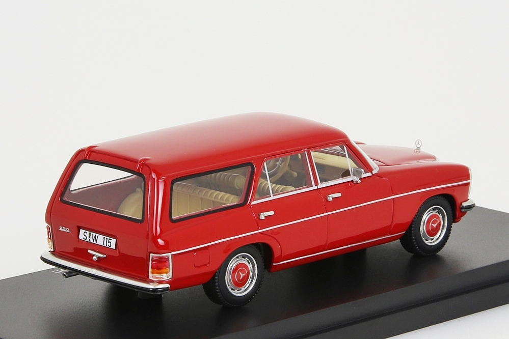 Mercedes-Benz Binz W115 Station Wagon rot 1:43 – Bild 4