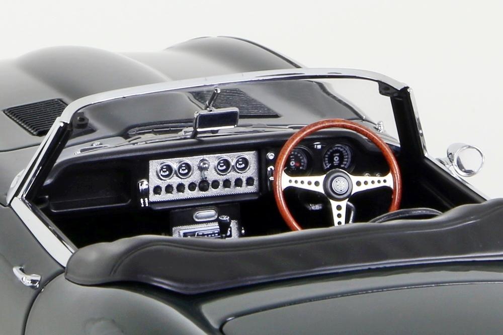 Jaguar E-Type Roadster Series I 3.8  dunkelgrün   – Bild 15