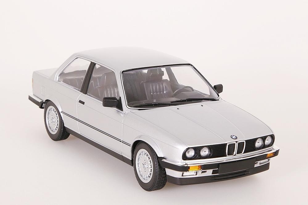 BMW 323i 1982 silber – Bild 9