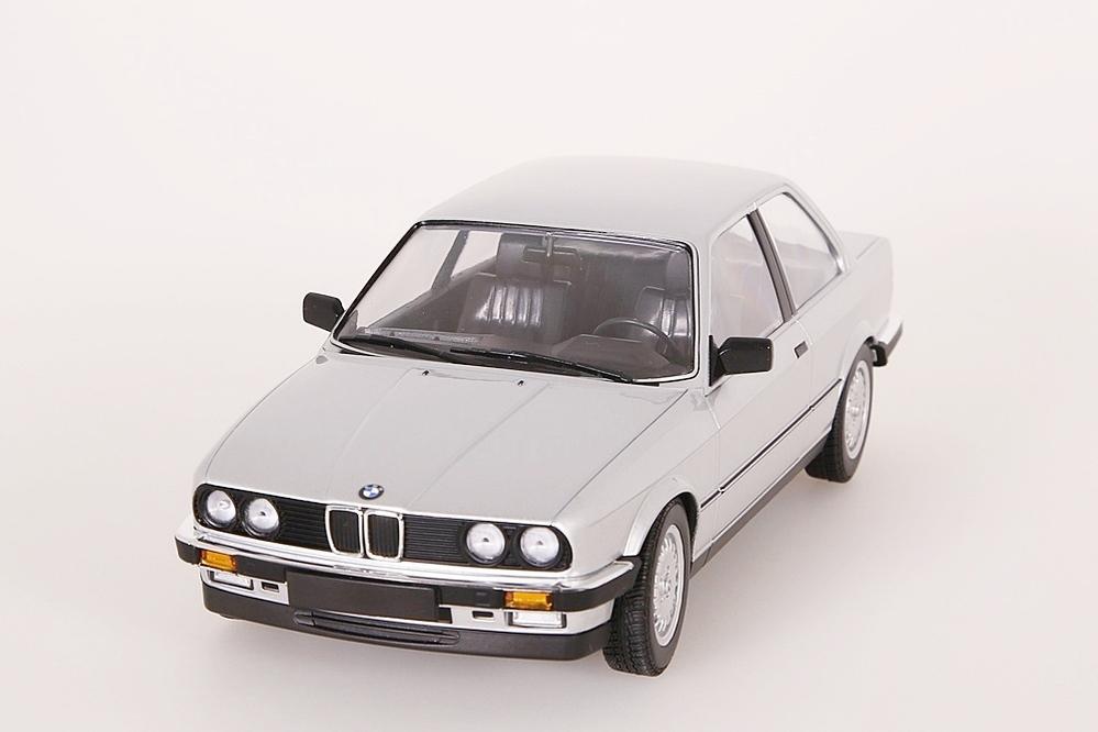BMW 323i 1982 silber – Bild 5