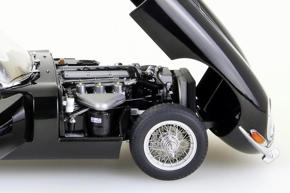 Jaguar E-Type Roadster Series I 3.8  schwarz   – Bild 13