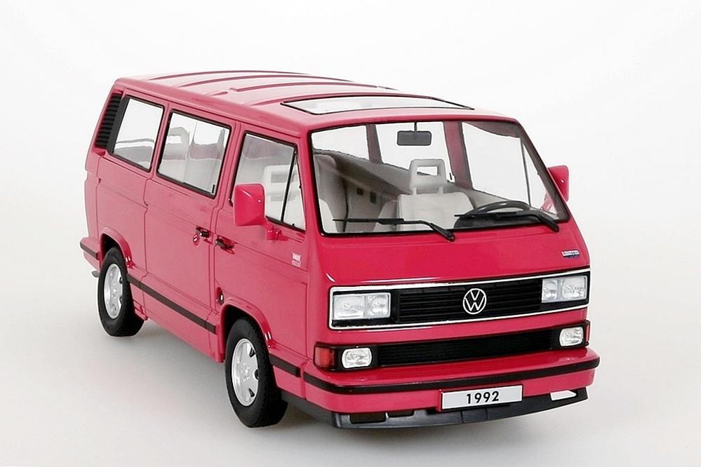 vw bulli t3 multivan 1992 rot kk scale 1 18 neu ovp ebay. Black Bedroom Furniture Sets. Home Design Ideas