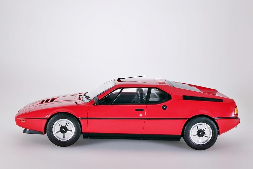 BMW M1 1978 rot 1:12 – Bild 3