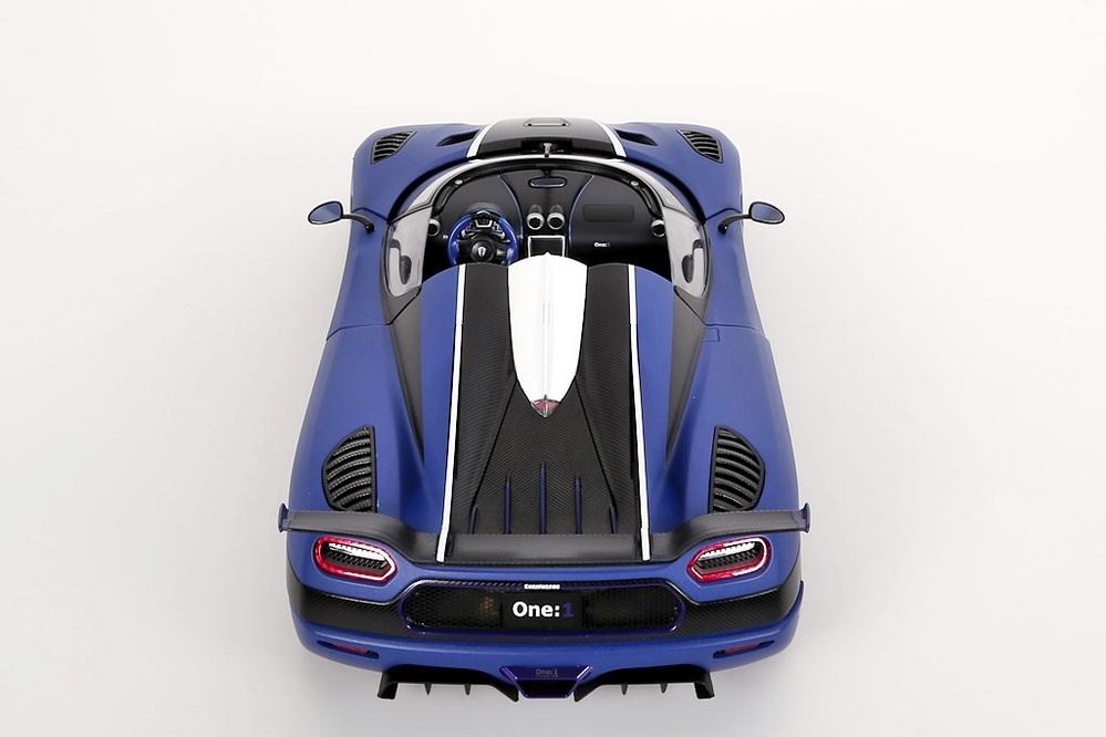 Koenigsegg One:1  2014  blau matt /carbon black – Bild 11