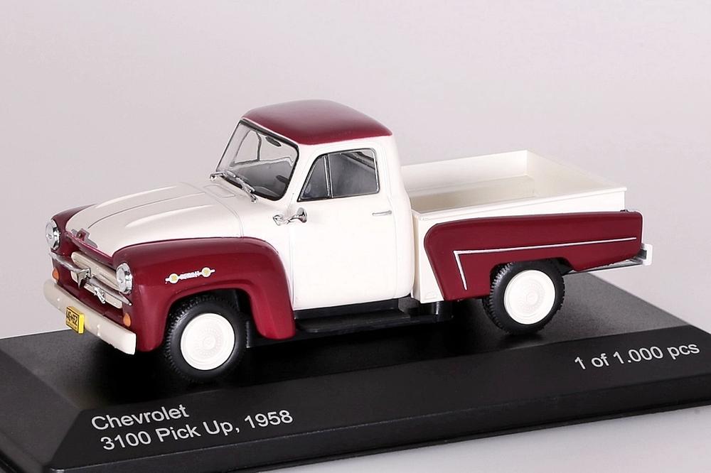 Chevrolet 3100 Pick Up  rot/weiss – Bild 1