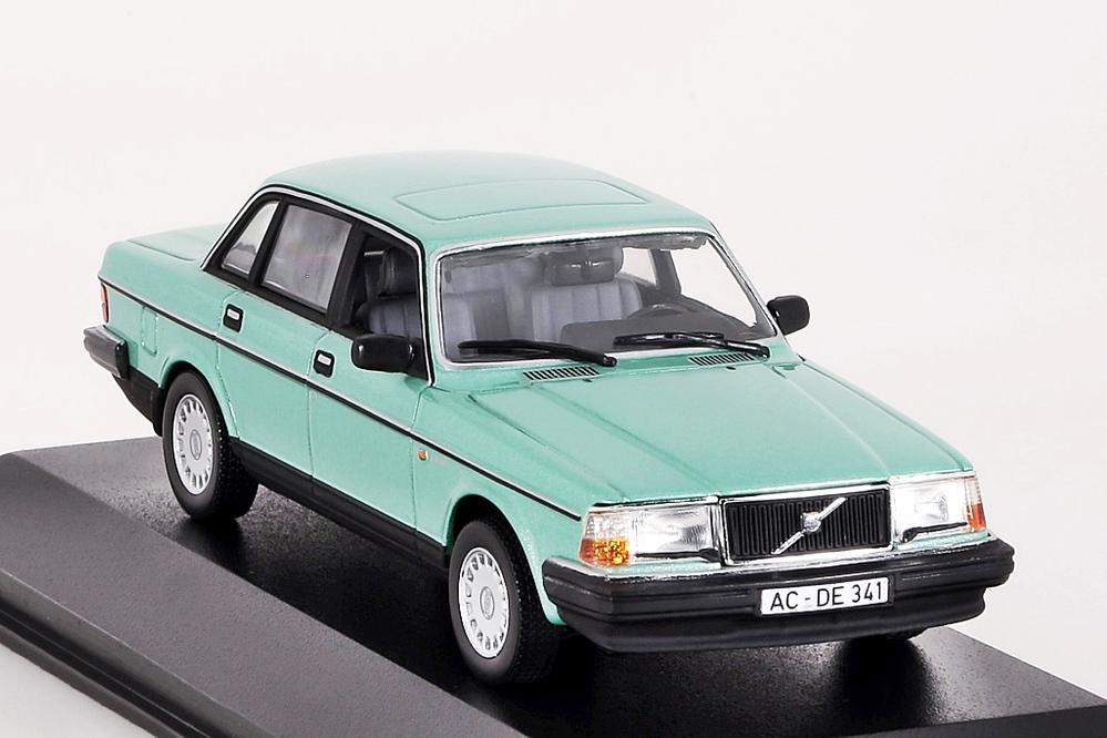 Volvo 240 GL 1986 hellgrün metallic – Bild 4