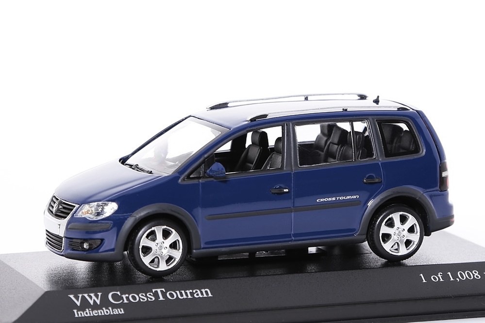 VW Cross Touran blau – Bild 1