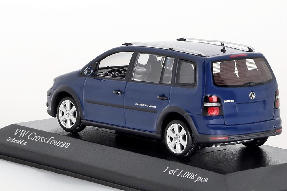 VW Cross Touran blau – Bild 3