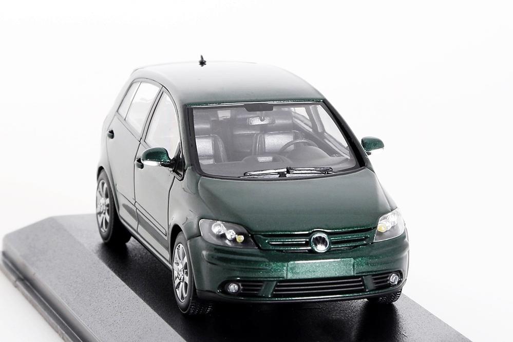 VW Golf Plus 2004 dunkelgrün metallic – Bild 5