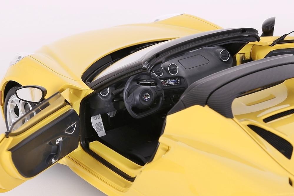 Alfa Romeo 4C Spider (giallo proto tipo) yellow – Bild 10