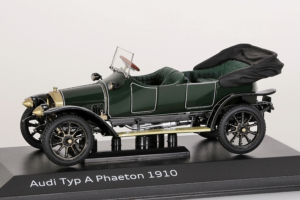 Audi Typ A Phaeton 1910 dunkelgrün Audi-Collection – Bild 1