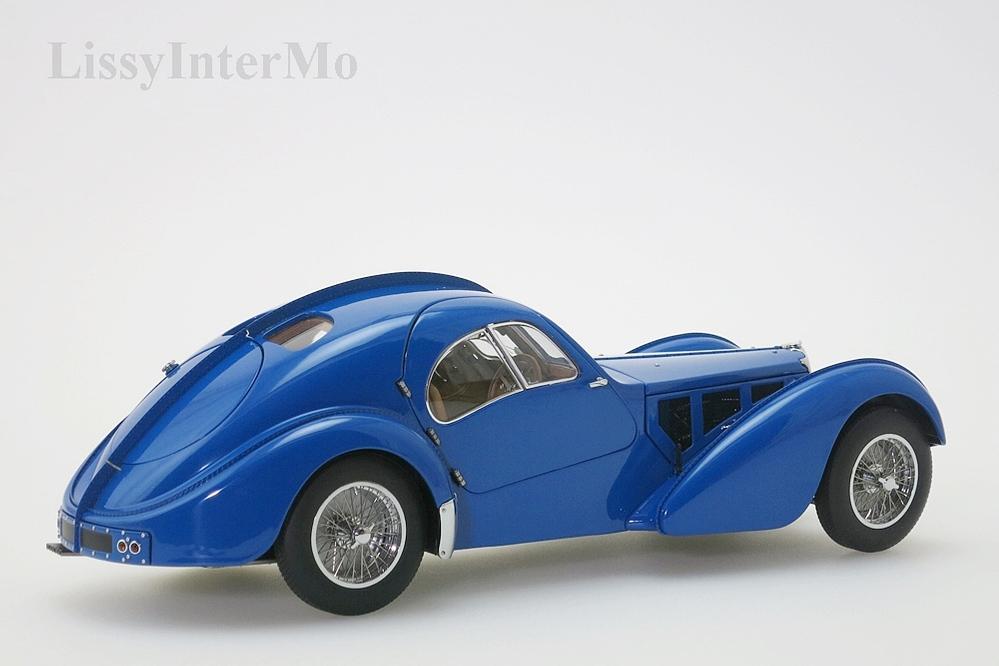 Bugatti 57S Atlantic 1938 blau  – Bild 7