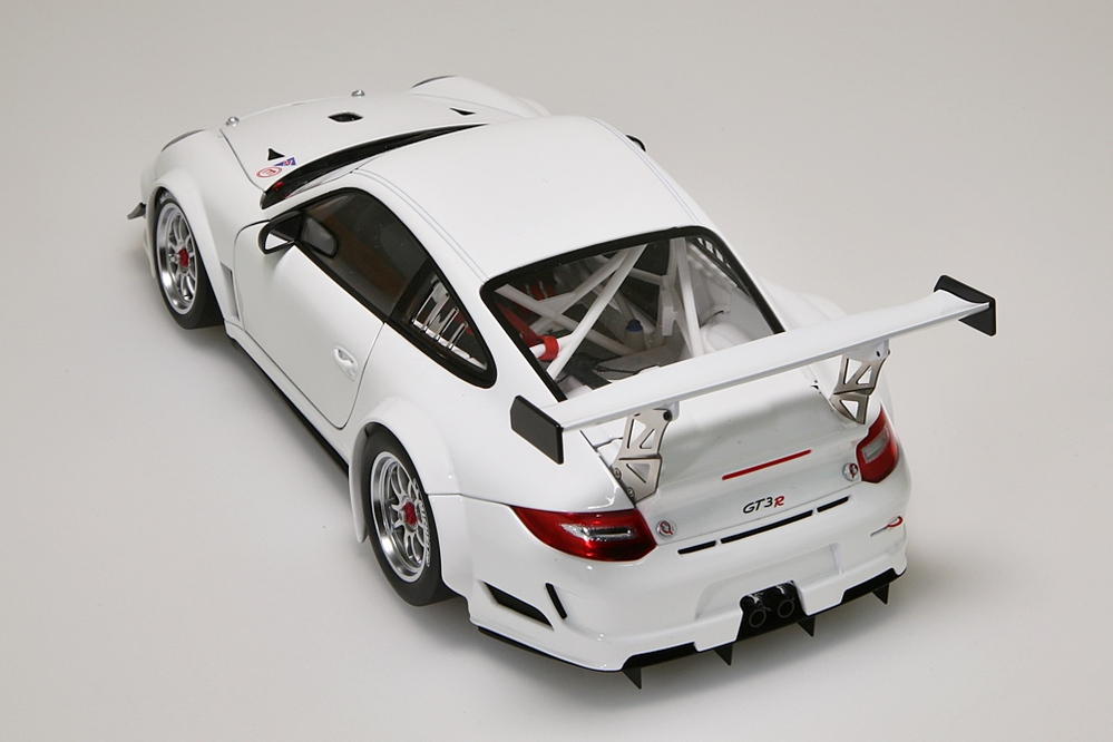 Porsche 911 (997) GT3 R   2010 Plain Body Version weiss  – Bild 5