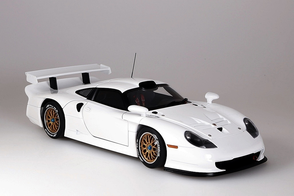 Porsche 911 GT1  1997  Plain Body Version weiss – Bild 10