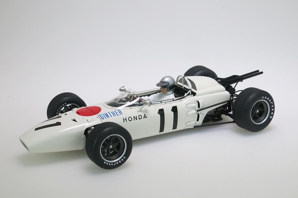 Honda RA272 F1 weiss Grand Prix Mexico 1965 Ginther #11 + Figur – Bild 1