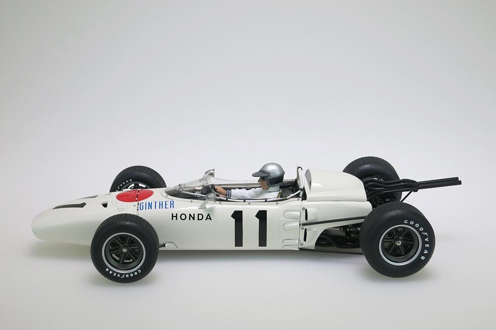 Honda RA272 F1 weiss Grand Prix Mexico 1965 Ginther #11 + Figur – Bild 3