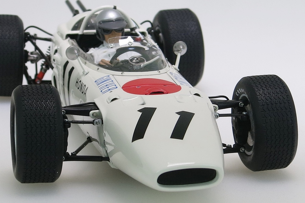 Honda RA272 F1 weiss Grand Prix Mexico 1965 Ginther #11 + Figur – Bild 10