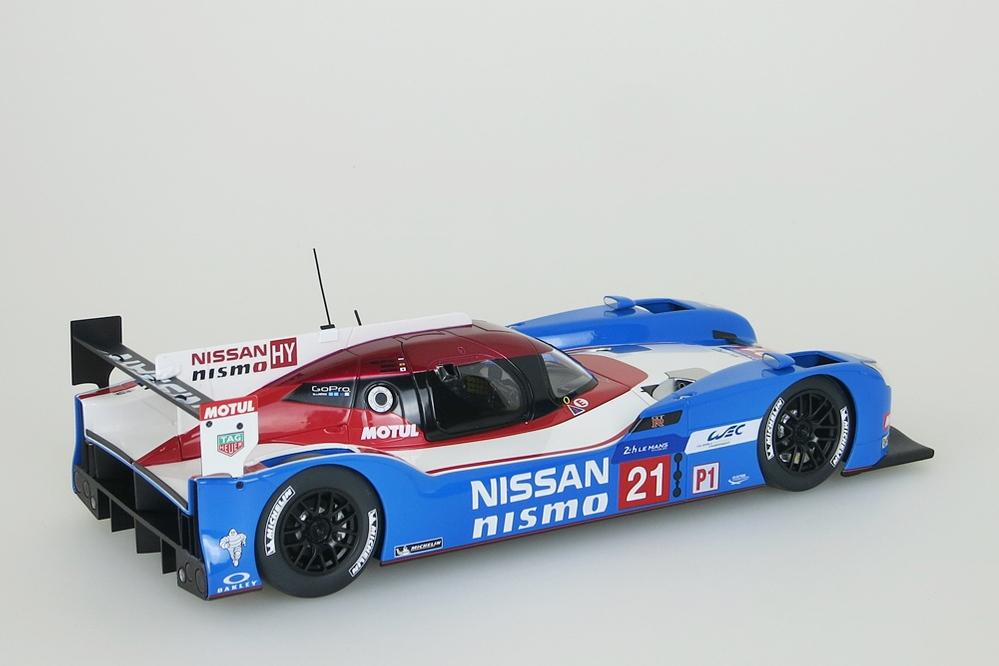 Nissan GT-R LM Nismo Le Mans 2015 blau/weiss/rot – Bild 7