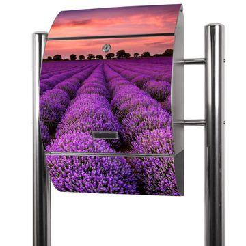 Edelstahl Standbriefkasten Lavendelfeld