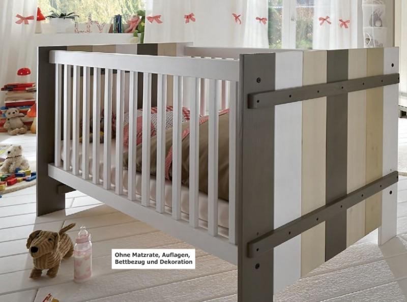 babybett kinderbett burg bett mit lattenrost schlupfsprosse kiefer massiv baby kinder. Black Bedroom Furniture Sets. Home Design Ideas