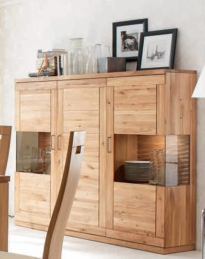 highboard sideboard schrank vitrine wohnzimmer esszimmer wildeiche ge lt esszimmer schr nke. Black Bedroom Furniture Sets. Home Design Ideas