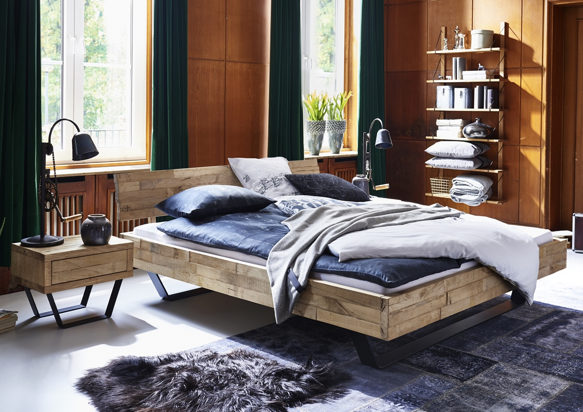 bett doppelbett massivholzbett holzbett metall kufen eiche massiv versch gr en schlafzimmer. Black Bedroom Furniture Sets. Home Design Ideas