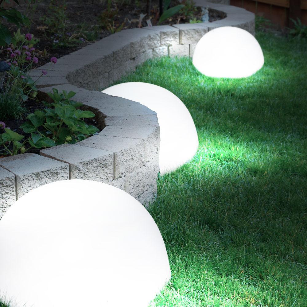 3er set moderner led solarleuchten in kugelform. Black Bedroom Furniture Sets. Home Design Ideas