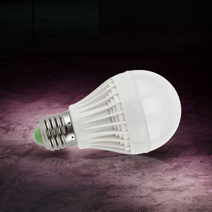 5 watts SMD-LED ampoule E27 base blanche chaude 350 lm 3000 Kelvin ESTO 89527 – Bild 2