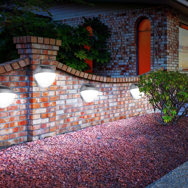 Moderne LED Zaun Solarleuchte aus Kunststoff in grau – Bild 5