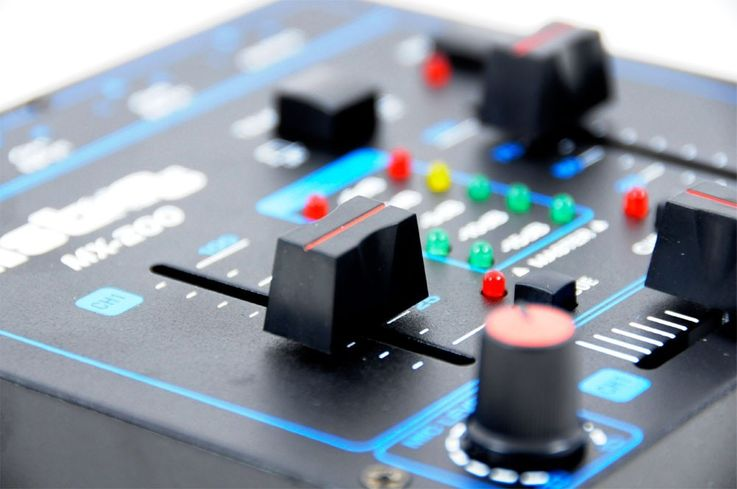 2-Channel DJ Mixer Crossfading Talkover function MX-200 includes microphone – Bild 4