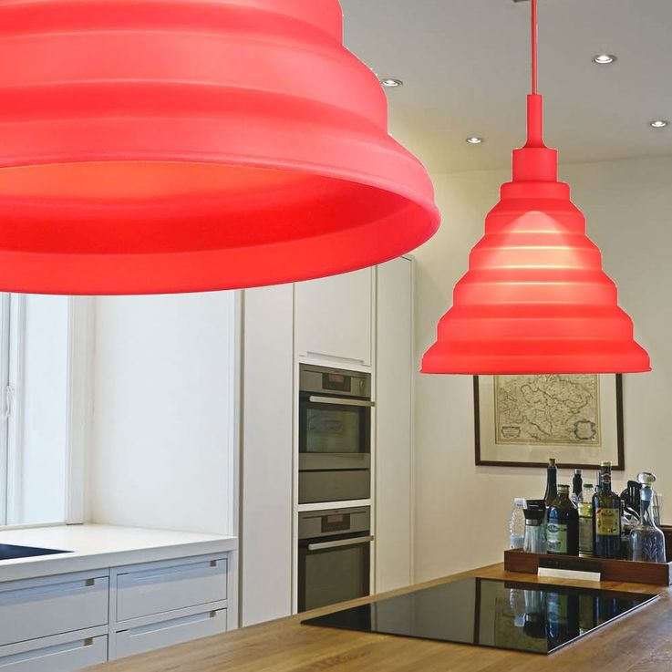 LED design pendant lamp in red for your four walls – Bild 3