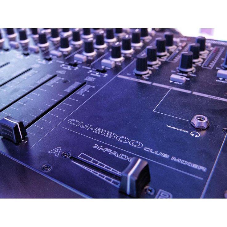 OMNITRONIC CM-5300 Club-Mixer 10006950 – Bild 7