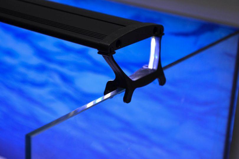 D-45 LED Aquariumlampe für 45-60cm Aquarien blau/weiß  Bild 11