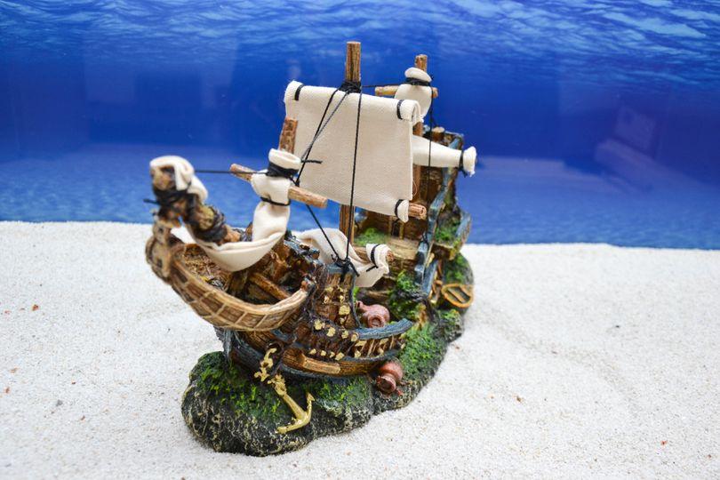 Amtra Schiffswrack auf dem Felsen Aquarium Deko